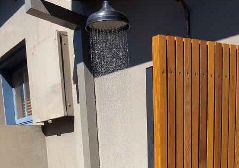 outdoor-shower_compressed